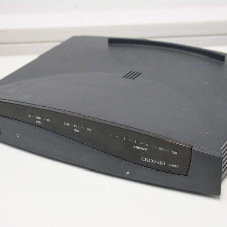 CISCO-836-Router-4-Port-Original-mit-Netzteil-10100-ADSL-ISDN-330945583911