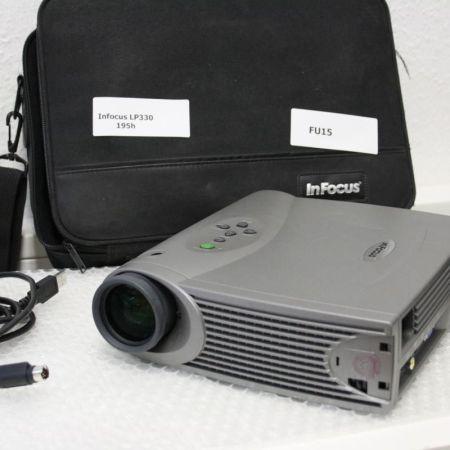 InFocus-LP330-LCD-Projektor-195h-Laufzeit-mit-Tasche-FB-231028307858