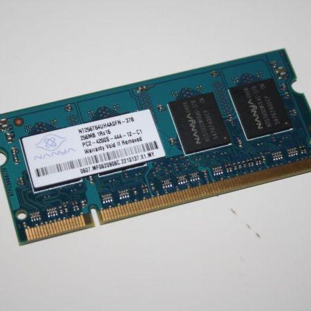 Samsung-256MB-DDR2-PC2-NOTEBOOK-ARBEITSSPEICHER-TOP-390815833359