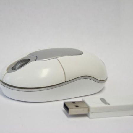 Schnurlose-USB-Mini-Notebook-Mouse-in-edlem-wei-TOP-280655083076