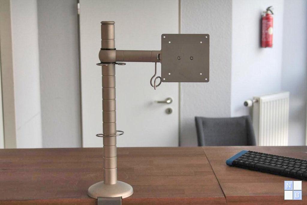 tft monitor schwenkarm neigbar. Black Bedroom Furniture Sets. Home Design Ideas