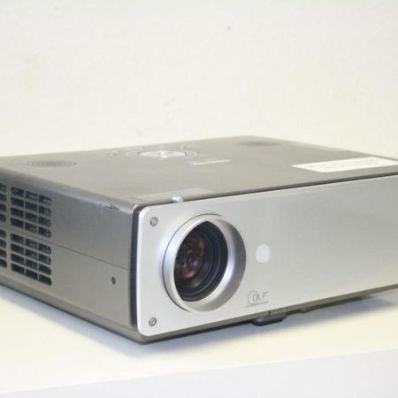 Toshiba-TDP-T80-Beamer-Projektor-ohne-Lampe-231158868650